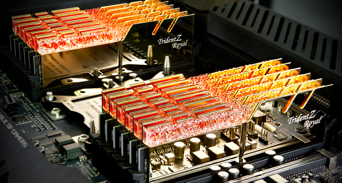 Памет G.SKILL Trident Z Royal 32GB(2x16GB) DDR4 PC4-32000 4000MHz CL19 F4-4000C19D-32GTRG-4